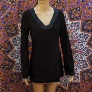 White House Black Market v-neck silk tunic XS